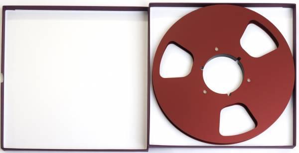 Leerspule in rot, 3 Loch mit Schuber